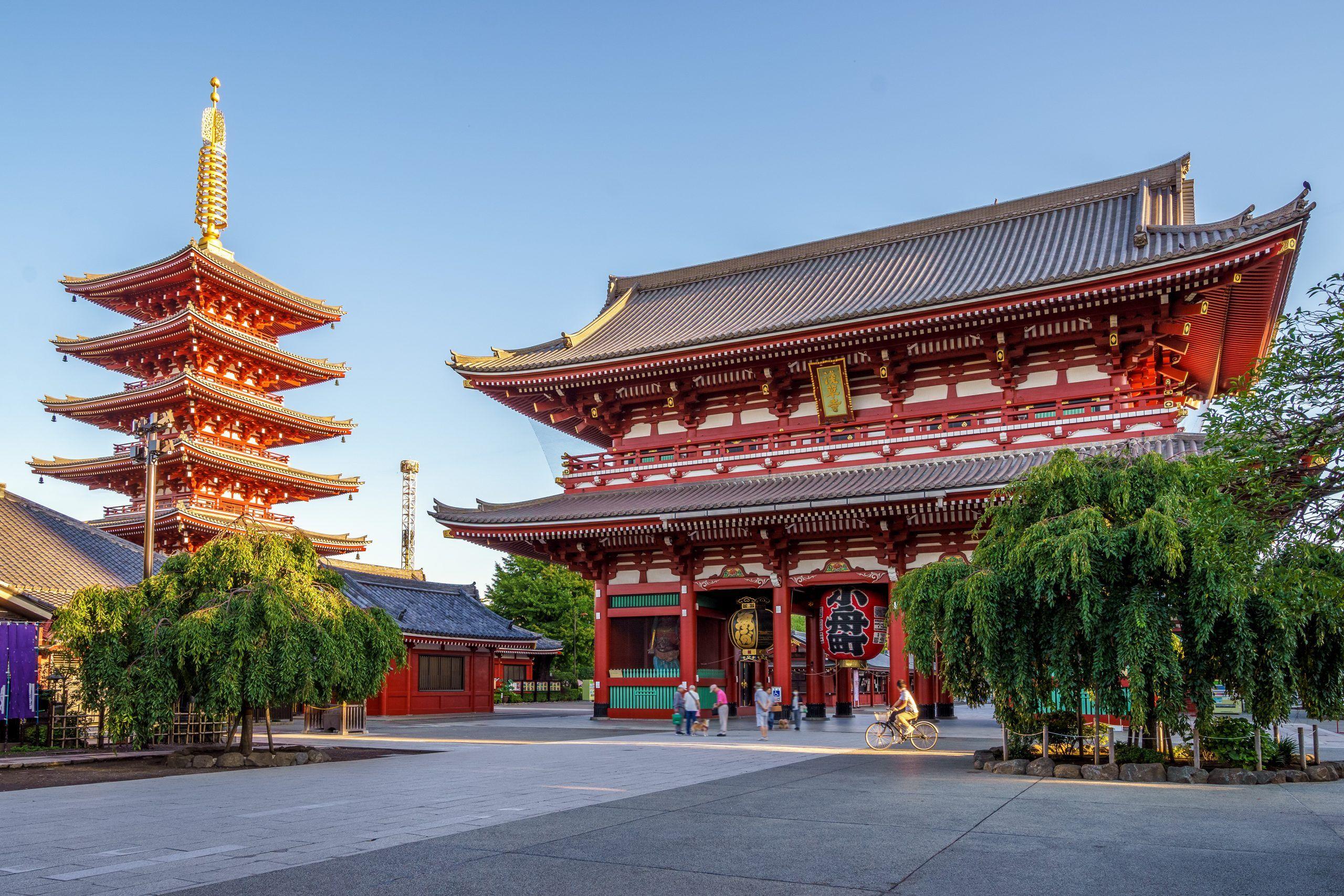 Explore & Experience: The Heart of Old Tokyo - Sensoji Temple in Asakusa